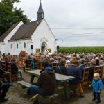 2014-08-15 Openluchtviering, kapel Heinkensberg Wever